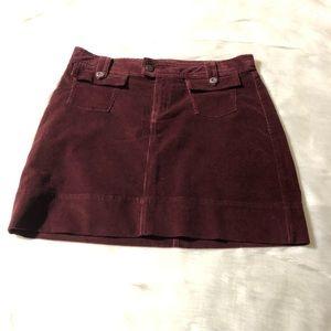 - Patagonia red maroon corduroy short Skirt Sz 10